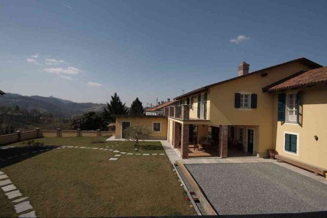 Farmhouse Gassino Torinese