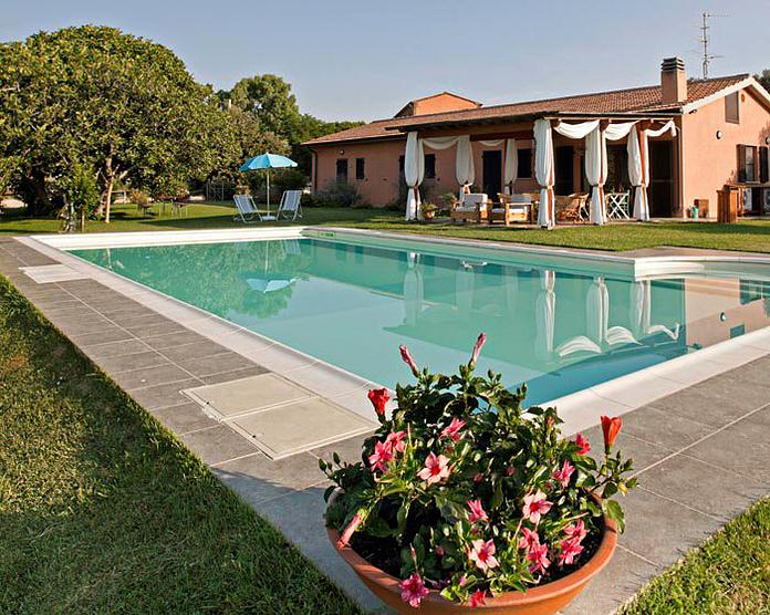 Farmhouse Magliano in Toscana
