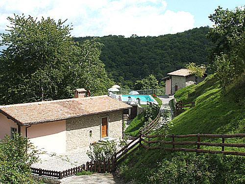 Farmhouse Molazzana